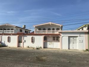Casa En Ventaen Punto Fijo, Puerta Maraven, Venezuela, VE RAH: 19-4635