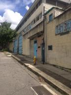 Galpon - Deposito En Ventaen Caracas, La Yaguara, Venezuela, VE RAH: 19-4744