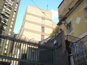 Apartamento En Ventaen Caracas, El Paraiso, Venezuela, VE RAH: 19-4736