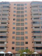 Apartamento En Ventaen Parroquia Caraballeda, Caribe, Venezuela, VE RAH: 19-4775