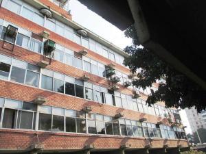 Consultorio Medico  En Ventaen Guarenas, Trapichito, Venezuela, VE RAH: 19-4818