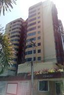 Apartamento En Ventaen Lecheria, Boulevard Playa Lido, Venezuela, VE RAH: 19-4926