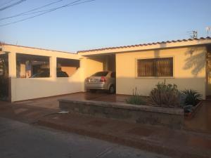 Casa En Ventaen Punto Fijo, Puerta Maraven, Venezuela, VE RAH: 19-5024