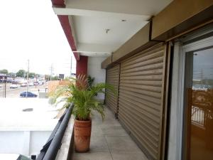Local Comercial En Alquileren Municipio San Francisco, La Coromoto, Venezuela, VE RAH: 19-5262