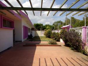 Local Comercial En Ventaen Maracaibo, Cantaclaro, Venezuela, VE RAH: 19-5076