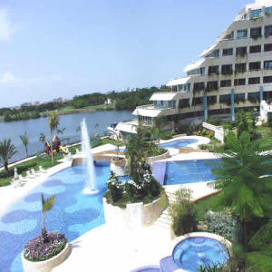 Apartamento En Ventaen Lecheria, Complejo Turistico El Morro, Venezuela, VE RAH: 19-5543