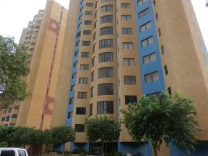 Apartamento En Ventaen Maracaibo, Avenida El Milagro, Venezuela, VE RAH: 19-5127