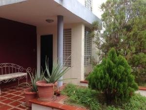 Townhouse En Ventaen Maracaibo, Monte Bello, Venezuela, VE RAH: 19-5137