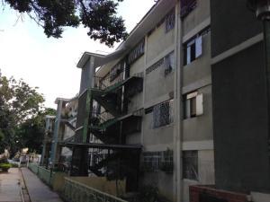 Apartamento En Ventaen Caracas, El Valle, Venezuela, VE RAH: 19-5149
