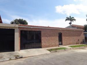 Casa En Ventaen Valencia, Trigal Centro, Venezuela, VE RAH: 19-5216