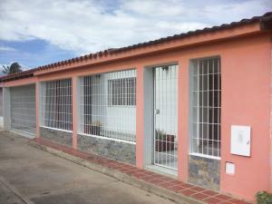Casa En Ventaen Coro, Av Pinto Salinas, Venezuela, VE RAH: 19-5235