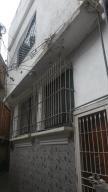 Casa En Ventaen Catia La Mar, Marapa Marina, Venezuela, VE RAH: 19-5237