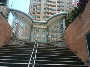 Apartamento En Ventaen Valencia, Las Chimeneas, Venezuela, VE RAH: 19-5256