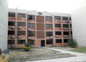 Apartamento En Ventaen Municipio Linares Alcantara, Conjunto Residencial Parque Coropo, Venezuela, VE RAH: 19-5341