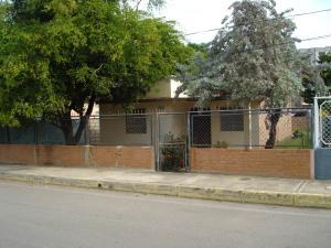 Terreno En Ventaen Maracaibo, Los Olivos, Venezuela, VE RAH: 19-5390