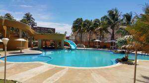 Apartamento En Ventaen Tucacas, Tucacas, Venezuela, VE RAH: 19-5452