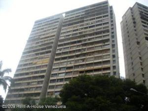Apartamento En Ventaen Caracas, Bello Monte, Venezuela, VE RAH: 19-5455
