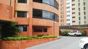 Apartamento En Ventaen Municipio Naguanagua, Maã±Ongo, Venezuela, VE RAH: 19-5506