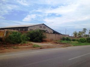 Galpon - Deposito En Alquileren Los Puertos De Altagracia, Via Principal, Venezuela, VE RAH: 19-5553