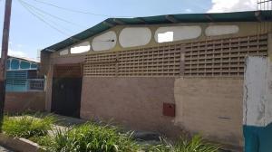 Galpon - Deposito En Ventaen Merida, Zona Industrial Loscuros, Venezuela, VE RAH: 19-5549