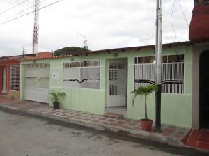 Casa En Ventaen Palo Negro, Los Lirios, Venezuela, VE RAH: 19-5622