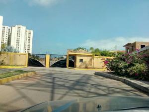 Townhouse En Ventaen Maracaibo, Circunvalacion Uno, Venezuela, VE RAH: 19-5639