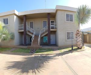 Apartamento En Ventaen Coro, Samanes Plaza, Venezuela, VE RAH: 19-5642