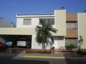 Casa En Ventaen Maracaibo, Doral Norte, Venezuela, VE RAH: 19-5696