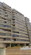 Apartamento En Ventaen Catia La Mar, Playa Grande, Venezuela, VE RAH: 19-5720