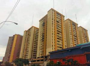 Local Comercial En Ventaen Maracay, Los Mangos, Venezuela, VE RAH: 19-5788