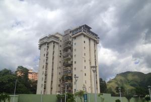 Apartamento En Ventaen Maracay, Barrio Sucre, Venezuela, VE RAH: 19-5797