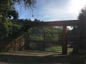Casa En Ventaen San Antonio De Los Altos, El Refugio, Venezuela, VE RAH: 19-6405