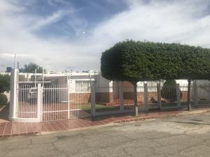 Casa En Ventaen Maracaibo, La Limpia, Venezuela, VE RAH: 19-5806