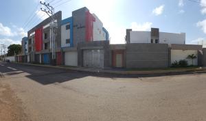 Apartamento En Ventaen Coro, Villa Gardenia, Venezuela, VE RAH: 19-5822