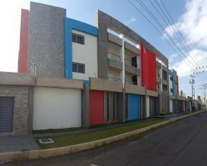 Apartamento En Ventaen Coro, Villa Gardenia, Venezuela, VE RAH: 19-5821