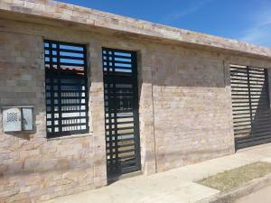 Casa En Ventaen Cagua, La Ciudadela, Venezuela, VE RAH: 19-5890