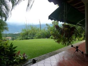 Casa En Ventaen Caracas, Santa Paula, Venezuela, VE RAH: 19-5900