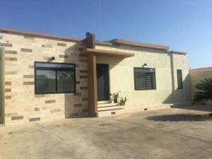 Casa En Ventaen Punto Fijo, Casacoima, Venezuela, VE RAH: 19-5904