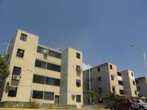 Apartamento En Ventaen Municipio Los Guayos, Buenaventura, Venezuela, VE RAH: 19-5948
