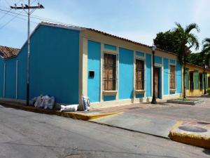 Local Comercial En Ventaen La Victoria, Centro, Venezuela, VE RAH: 19-5953