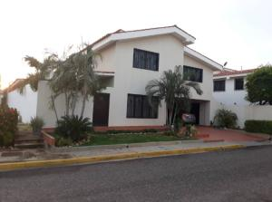 Casa En Ventaen Maracaibo, Cantaclaro, Venezuela, VE RAH: 19-6019