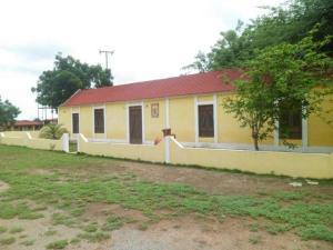 Casa En Ventaen Pueblo Nuevo, Pueblo Nuevo, Venezuela, VE RAH: 19-6156