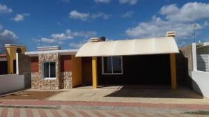 Casa En Ventaen Punto Fijo, Puerta Maraven, Venezuela, VE RAH: 19-6168