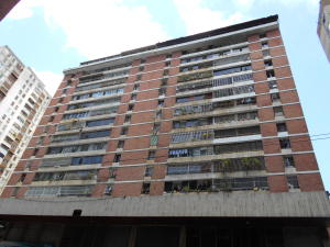 Apartamento En Ventaen Caracas, Parroquia La Candelaria, Venezuela, VE RAH: 19-6171