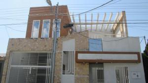 Casa En Ventaen Maracay, Los Astros, Venezuela, VE RAH: 19-6220