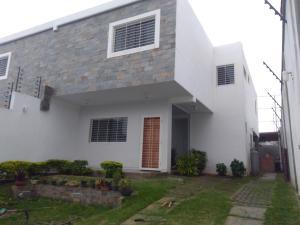 Casa En Ventaen Barquisimeto, Parroquia Catedral, Venezuela, VE RAH: 19-6262