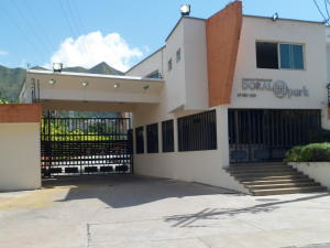 Townhouse En Ventaen Valencia, Manongo, Venezuela, VE RAH: 19-6329