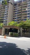 Apartamento En Ventaen Caracas, Santa Eduvigis, Venezuela, VE RAH: 19-6645