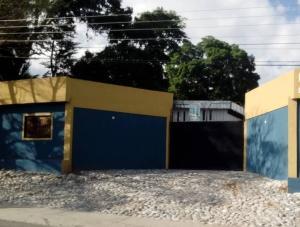 Galpon - Deposito En Ventaen Lagunillas, Lagunillas, Venezuela, VE RAH: 19-6393