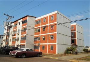 Apartamento En Ventaen Puerto La Cruz, El Maguey, Venezuela, VE RAH: 19-6282